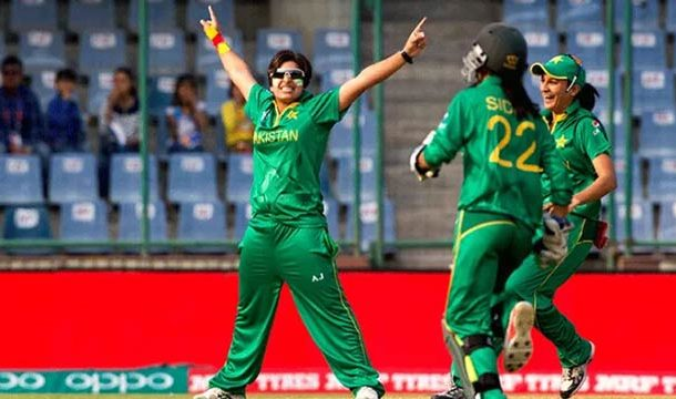 Nida Dar Becomes First Pakistani Woman To Feature In Big Bash League