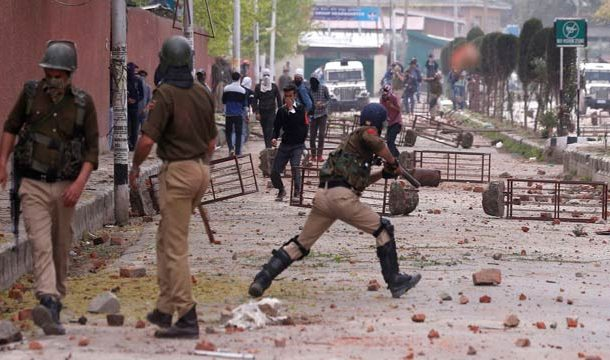 Over 300 Stone Pelting Incidents in IOK Since Scrapping of Special Status