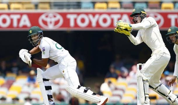 Pakistan Opt to Bat Against Australia in First Test