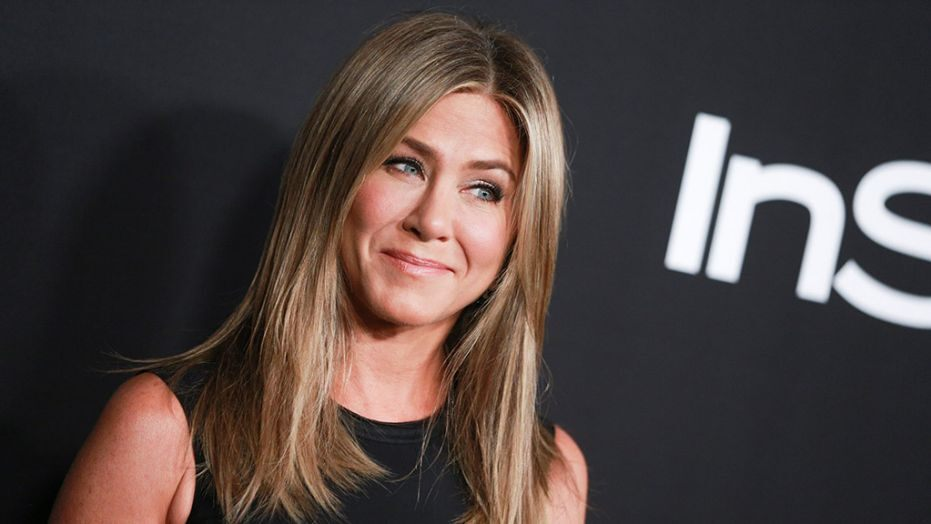 Jennifer Aniston Becomes Highest Followed Friends Cast Member on Instagram