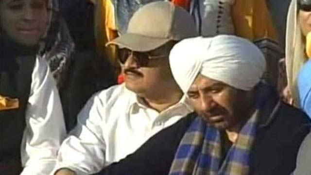 Sunny Deol's Photo with Buzdar Goes Viral