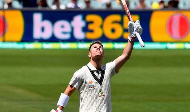 Pakistan in Trouble as Warner Hits Triple Century in 2nd Test