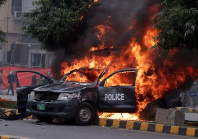 Police Mobile on FIre