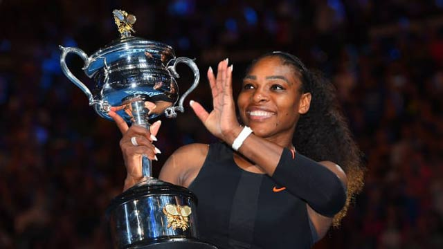 """Serena Williams Named """"Female Athlete of the Decade"""""""