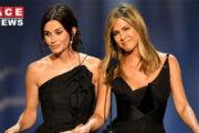 Courteney Shares Photo Of The Friends Cast's 'Last Supper'