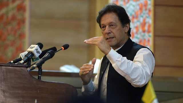 2nd Wave of Coronavirus May Hit Cities with High Pollution in Winter: PM Imran