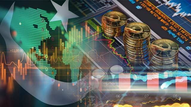 Pakistani Economy Likely to 'Recover Slightly' From 2021