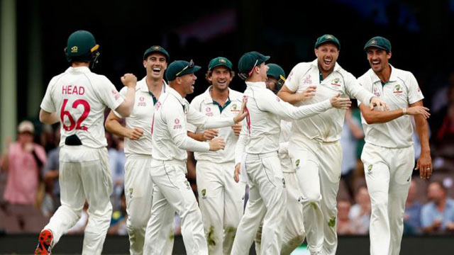 Australian Coach Supports Cricket Without Spectators in Stands