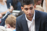 Boxer Amir Khan Offers his Building for COVID-19 Patients