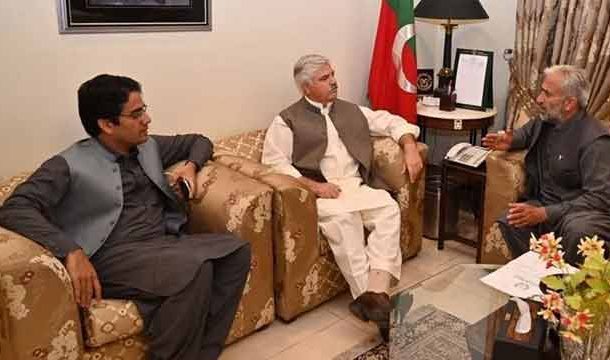 Govt Taking Steps for Provision of Facilities, Services to Masses: KP CM