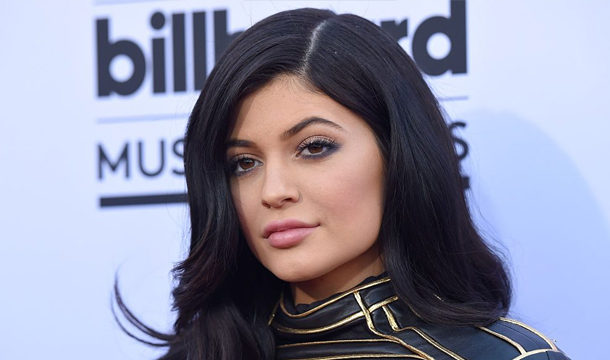 Kylie Jenner Donates $1 Mn for Fight Against COVID-19