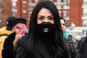 England to Make Face Masks Mandatory in Shops