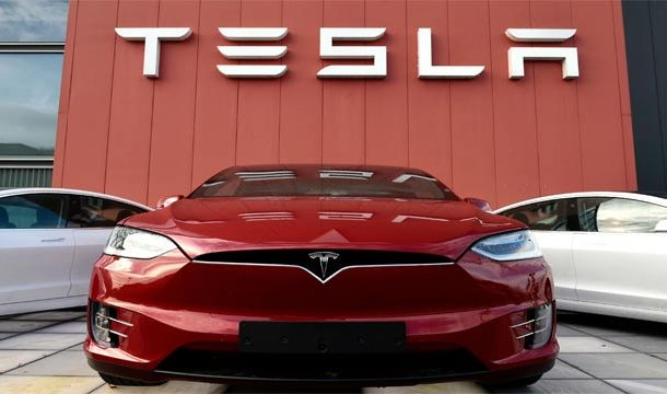 Tesla Dismisses Workers From its Factories in California and Nevada