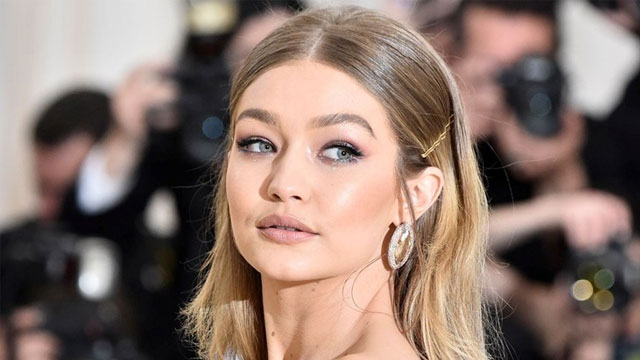 Gigi Hadid in Lovely Snap Makes Another Appearance With Baby Girl