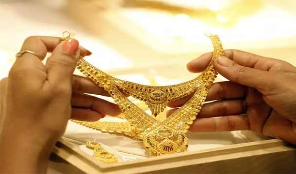 Gold Prices Hits All-Time High of Rs.104,100 Per Tola