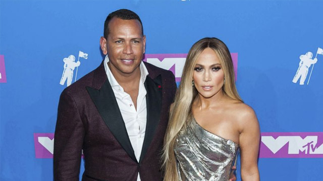 Jennifer Lopez Postpone her Wedding Due to COVID-19 Crisis