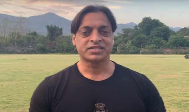 Shoaib Akhtar Donates His IPL Helmet in Coronavirus Relief Efforts