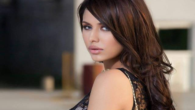 Ayyan Ali Ends her Five-Year Hiatus with new Tracks After Money Laundering Case