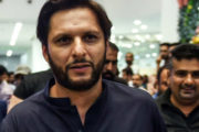 Shahid Afridi Loves to Enjoy the Rain with His Family