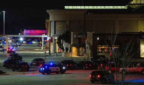 Almost 8 Injured in Shooting at Mall in USA