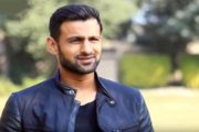 Shoaib Malik Takes a Blinder in LPL