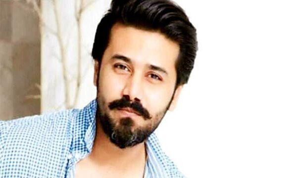 Actor Ali Abbas Tests Positive for COVID-19; Calls for Heartfelt Prayers From Fans