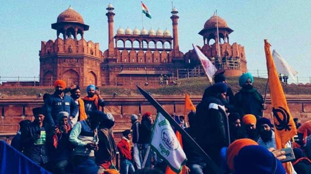Protesting Indian Farmers Baton-Charged, Tear Gassed on Republic Day Tractor Rally