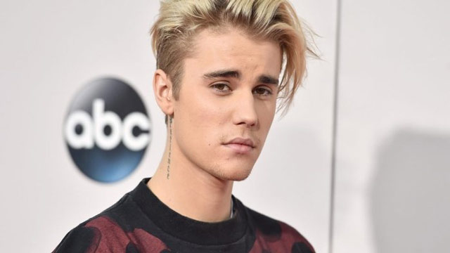 Justin Bieber Locks Horns at a New Year's Eve Concert with Neighbours