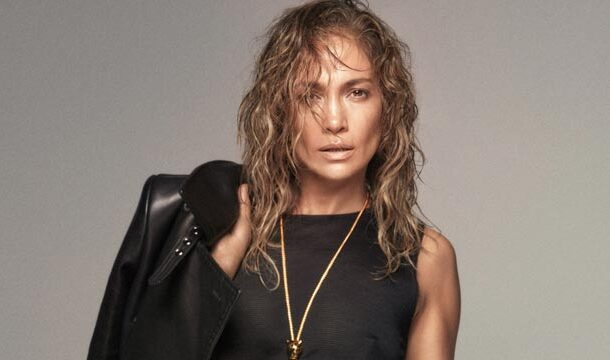 Jennifer Lopez's Look Fabulous and Smile are Precious in a New Social Media Post