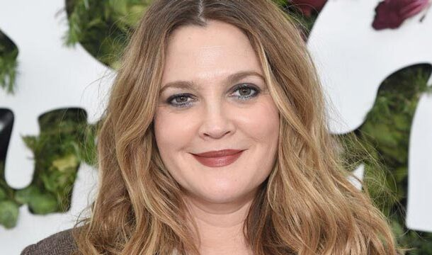 Drew Barrymore is Emotional as David Letterman Comes into Her Birthday Show