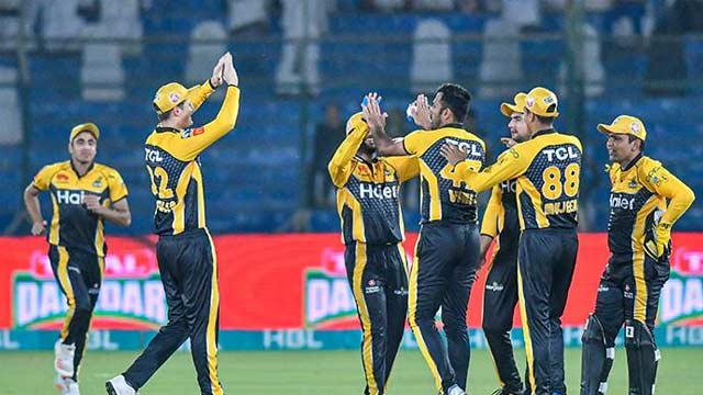 PSL-6: Peshawar Zalmi Reach Final after Defeating Islamabad United by 8 wickets